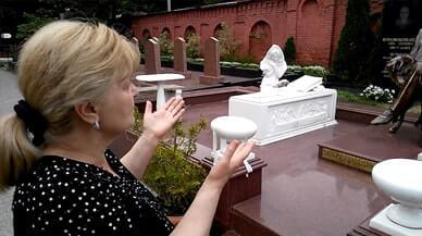 Закончили реставрацию могилы и бронзовой скульптуры